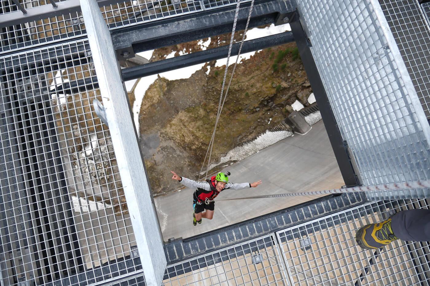 Zillertal Klettersteigset Leihen : Schlegeis 131 adrenalin auf der staumauer